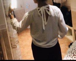 Bluse mit Schleife und Spitze / Langarm