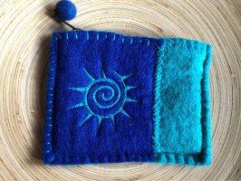 Börse Mäppchen Portemonnaie Filz blau Bestickung Spirale 14,5x11,5cm Reißverschluß gefüttert