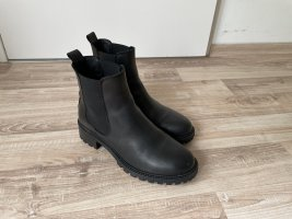 5 th Avenue Chelsea Boots black leather