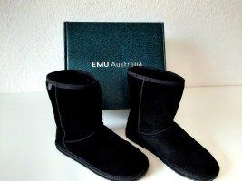 Boots *Emu*