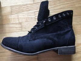 Boots Stiefeletten schwarz flach mit Glitzersteinen leicht gefüttert