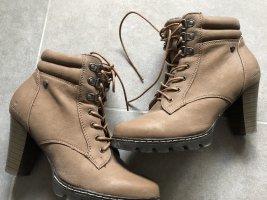 Boots / Stifeletten mit Absatz Gr. 38