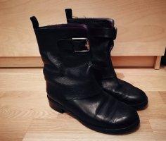 Boots von Boss