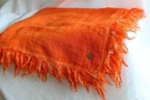 Boss Orange Pashmina neon orange linen