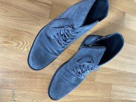 Boss Schuhe Stiefel Stiefelette 43 Leder grau Hugo Boss