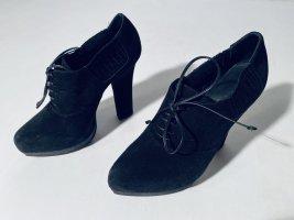 Bottega Veneta High Heels aus schwarzem Rauhleder Gr.37