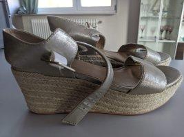 BP. Sandales à plateforme multicolore