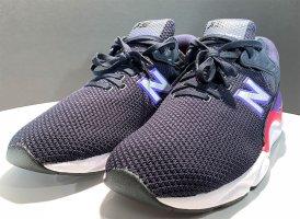 Brandneu! New Balance X-90, Sneaker Turnschuhe Größe: EUR (42,5)