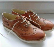 Wingtip Shoes brown
