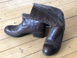 Braune Stiefel Gr. 40