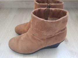 Braune Winterschuhe Boots Stiefel Absatzschuhe Keilabsatz 39