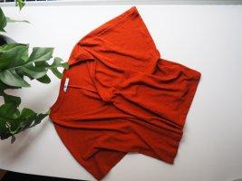 braunrotes T-Shirt