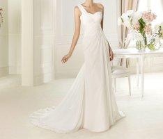 Pronovias Wedding Dress natural white chiffon