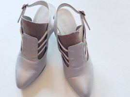 Strapped pumps silver-colored-light grey
