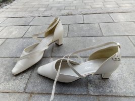 Lady White Co Slingback Pumps natural white leather