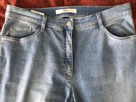 Brax Straight Leg Jeans azure cotton