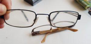 keine Glasses blue