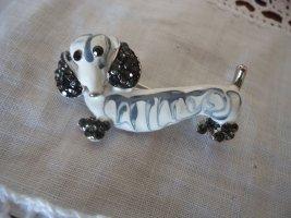 Brosche Hund schwarz-weiß