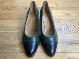 Bruno Magli Classic Court Shoe black-forest green