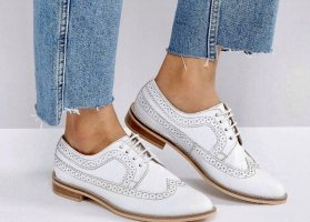 Asos White Wingtip Shoes white-beige