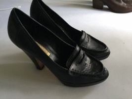 Buffalo Platform Pumps black