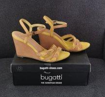Bugatti Sandały na platformie beżowy-piaskowy brąz