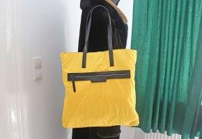 Burberry Sac à main jaune nylon