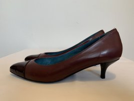 Paco Gil Pointed Toe Pumps bordeaux leather
