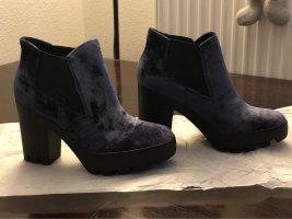 Calvin Klein Jeans Stivaletto con plateau blu scuro