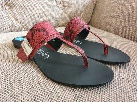 calvin klein flip flops Schuhe gr. 39 rot schwarz schlappen latschen