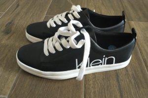 Calvin Klein Zapatos brogue blanco-negro