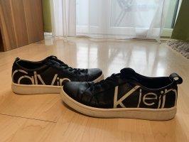 Calvin Klein Schuhe Größe 39
