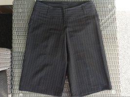Pantalón capri negro-blanco