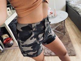 Cargo Shorts neu Hollister