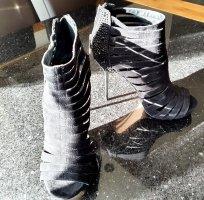 Carvela High Heels black