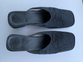 Klapki na obcasie czarny Tkanina z mieszanych włókien