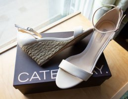 Cate Gray Wedge Pumps pink leather