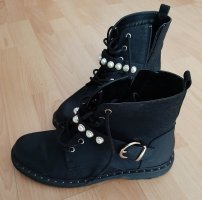 Catwalk Lace-up Booties black-white