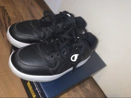 Champion Lace-Up Sneaker black