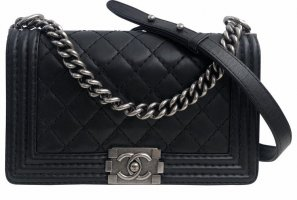 Chanel boy cross body tasche