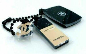 Chanel Ciondolo nero Lycra