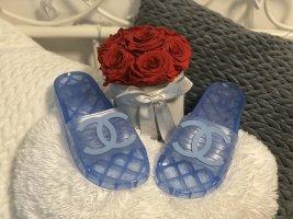 Chanel Sandały japonki jasnoniebieski