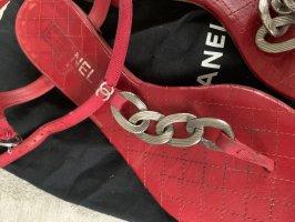 Chanel Sandalias romanas rojo oscuro-carmín