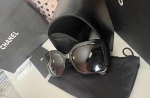 Chanel Occhiale da sole spigoloso nero-oro