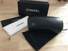 Chanel Occhiale da sole rotondo verde scuro Materiale sintetico