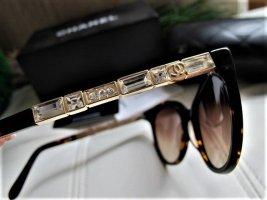 CHANEL Sonnenbrille mit Swarovski Steinen TOP ZUSTAND incl. Etui NP ca. 700,-€!
