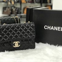 Chanel Bolso negro-blanco
