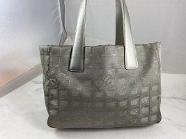 Chanel Handtas zilver-lichtgrijs Nylon
