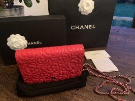 Chanel WOC Lammleder Rot mit silberner Hardware - neu- Original