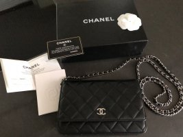 Chanel WOC schwarz / Silber